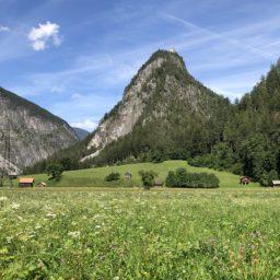 Kurze Fahrt durch Tirol